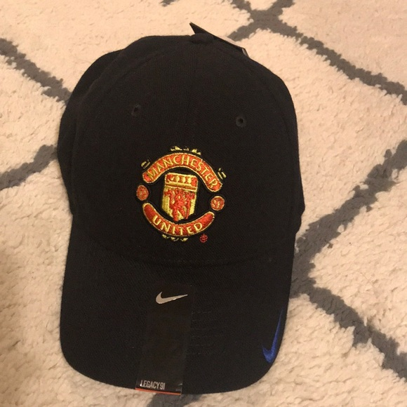 24dcb2ea Nike Accessories | Dri Fit Flexible Manchester United Hat | Poshmark